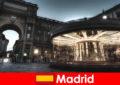 Madrid được biết đến với các quán cà phê và các nhà cung cấp đường phố một break thành phố là giá trị nó