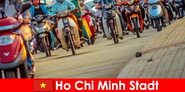Thành phố Hồ Chí Minh dành cho người đi xe đạp và những người đam mê thể thao khách du lịch luôn là một niềm vui