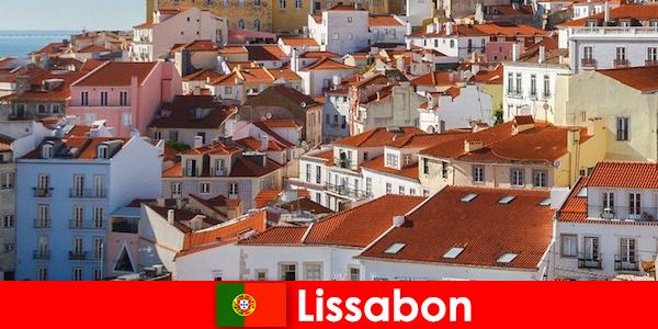 Lisbon là điểm đến hàng đầu của thành phố biển với mặt trời bãi biển và thức ăn ngon
