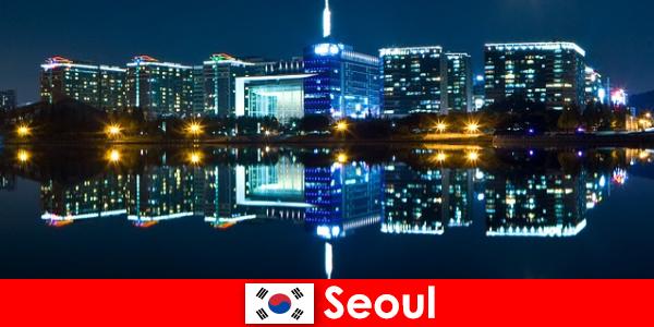 Seoul ở Hàn Quốc là một thành phố hấp dẫn thể hiện truyền thống hiện đại