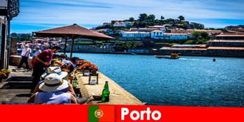 Điểm đến cho kỳ nghỉ ngắn đến các nhà hàng cá tuyệt vời tại cảng ở Porto Bồ Đào Nha