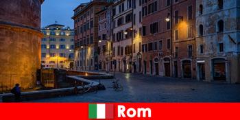 Chuyến đi ngắn cho khách du lịch vào mùa thu đến Rome Ý đến các điểm tham quan đẹp nhất