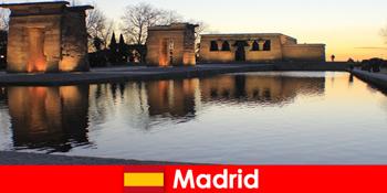 Điểm đến phổ biến cho các chuyến du ngoạn đến Madrid Tây Ban Nha cho sinh viên châu Âu