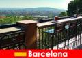 Sự tinh tế của thành phố lớn thuần túy cho du khách đến Barcelona Tây Ban Nha với các quán bar, nhà hàng và cảnh nghệ thuật