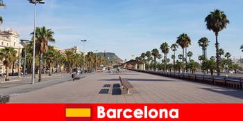 Ở Barcelona Tây Ban Nha, khách du lịch sẽ tìm thấy mọi thứ trái tim họ mong muốn.
