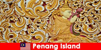 Du lịch văn hóa thu hút nhiều du khách nước ngoài đến đảo Penang Malaysia